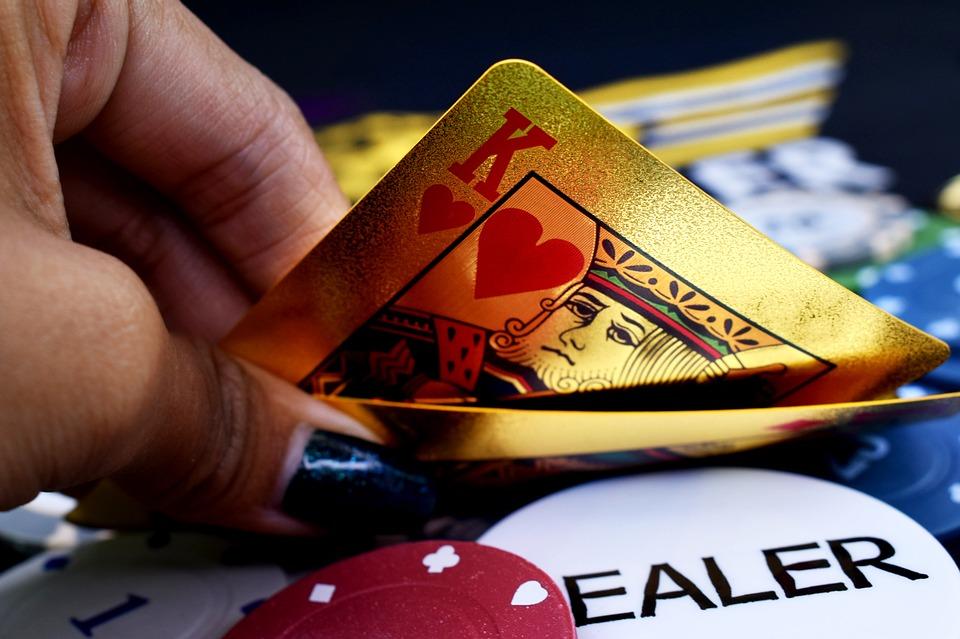Giocare a poker sul web, i migliori bonus di benvenuto del momento